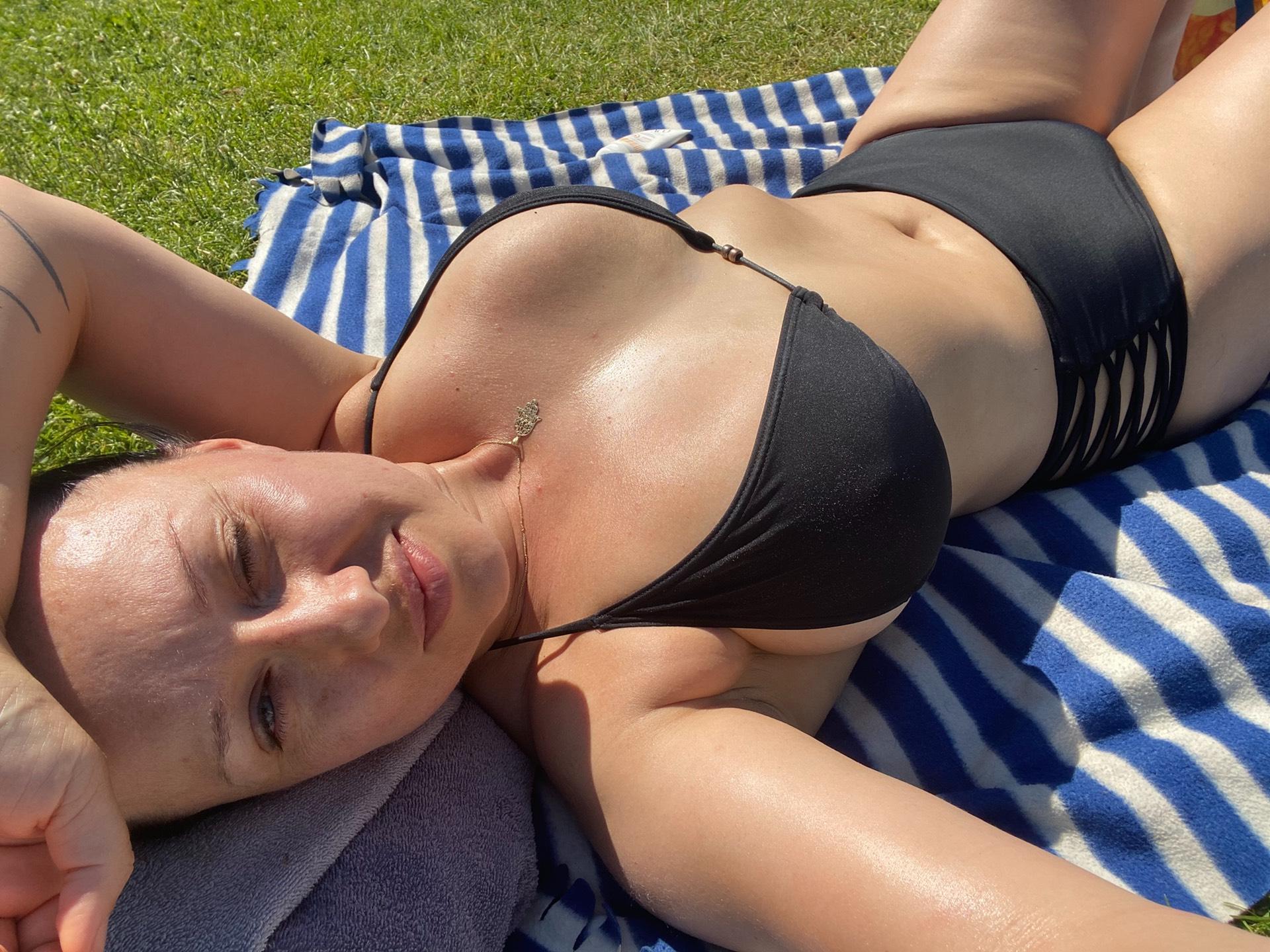 alona_kuusisto_bikinit