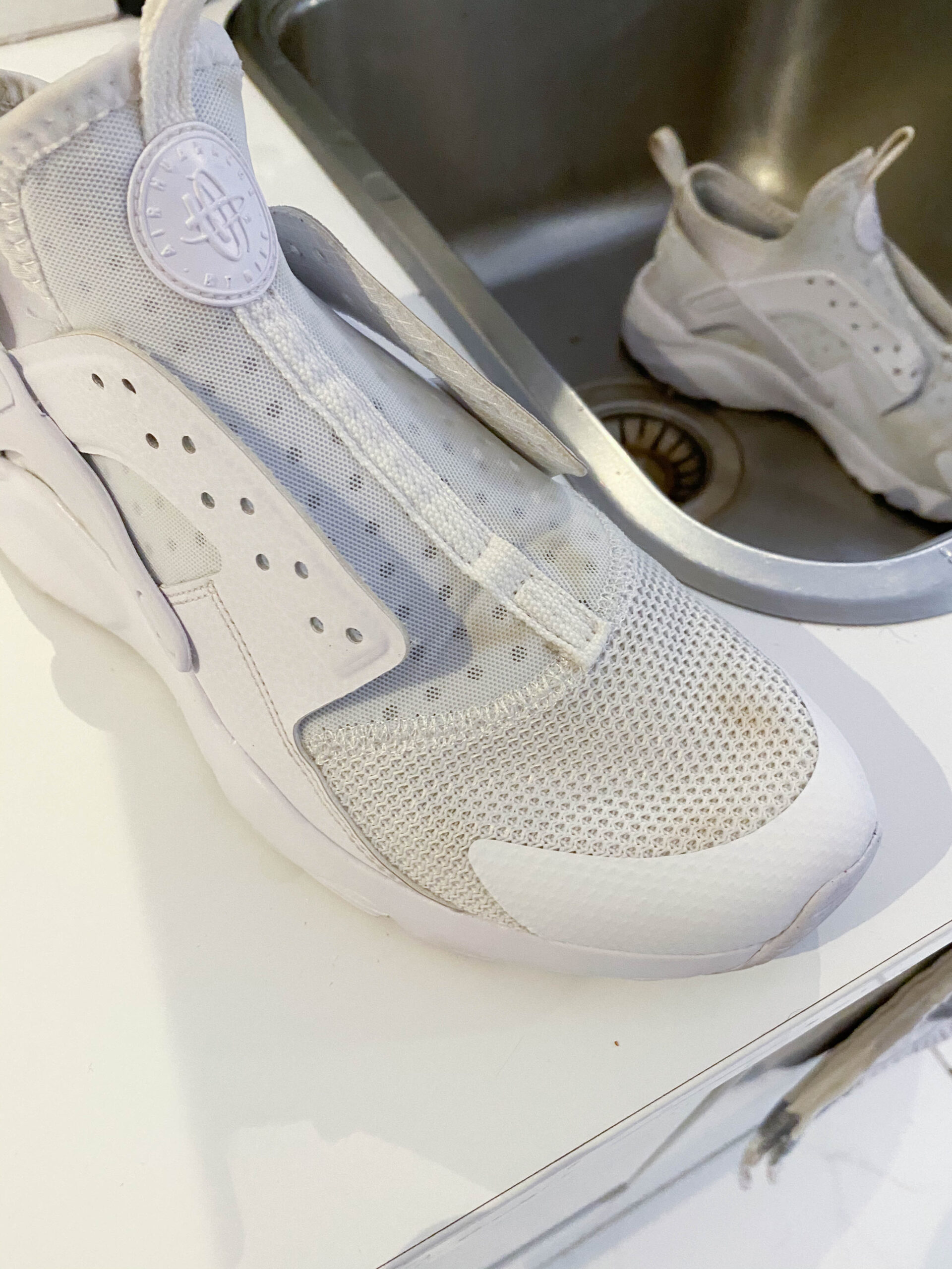 Valkoiset Kengät Puhtaaksi