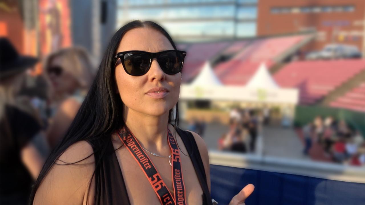 Mitä tapahtuu kun äiti on blockfesteillä ja iskä hoitaa lapsia | Arttu & Alona