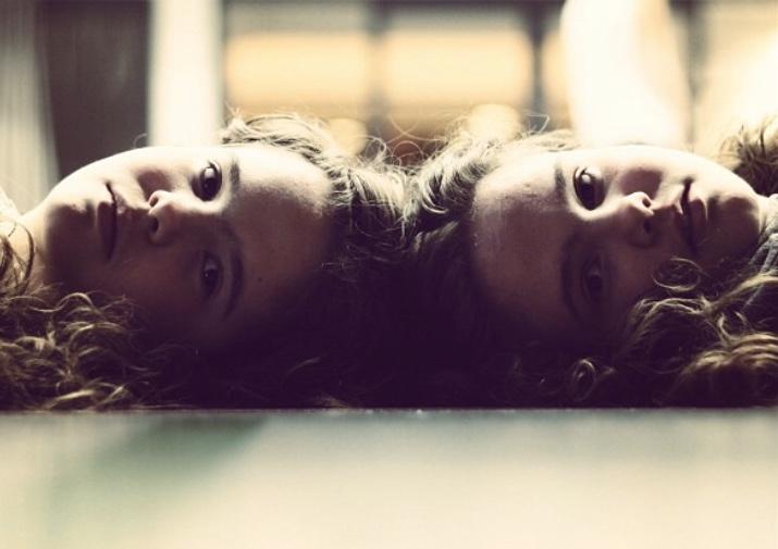 Oottekste kaksosia? – Kokemuksia kaksosuudesta