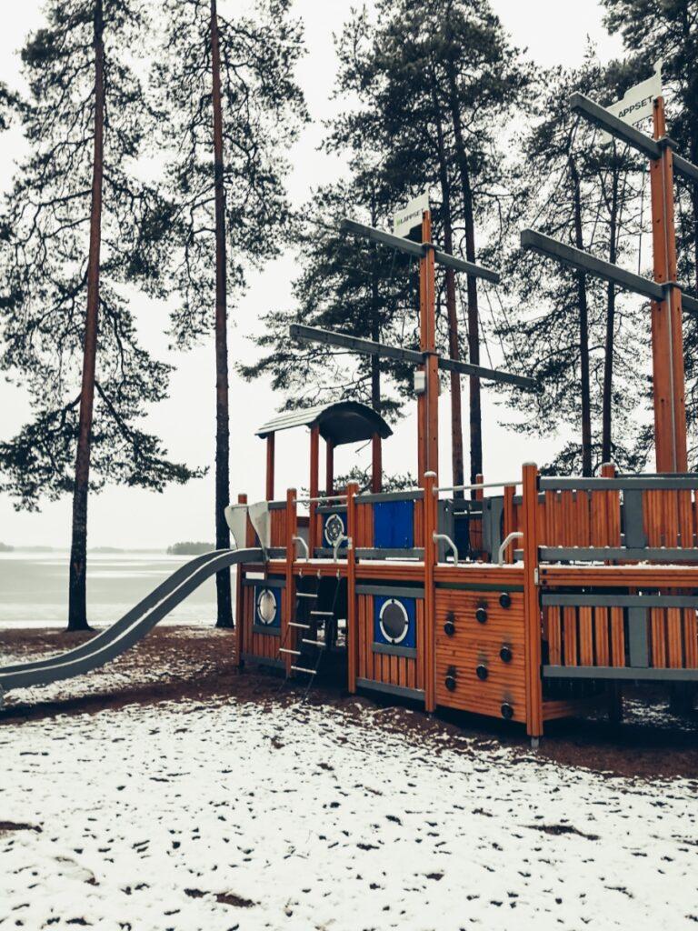 holiday club pyhäniemi kihniö kokemuksia leikkipaikka ranta kankarinjärvi