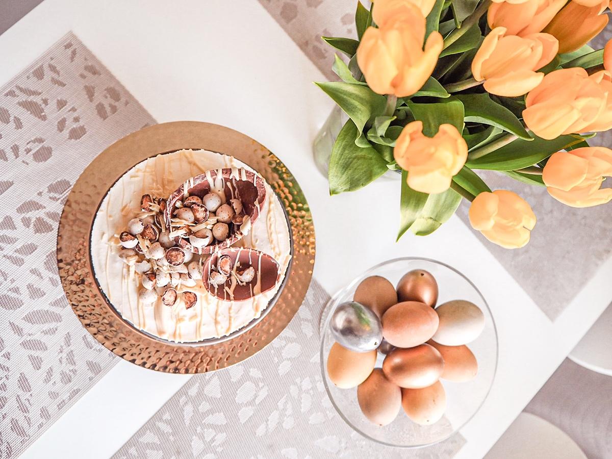 Näyttävän pääsiäiskakun helppo resepti