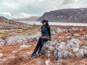 Read more about the article Vinkkilista vaellukselle ja parhaat vaelluseväät!