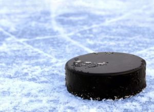 Mitäs jos sanon että, jääkiekko ei ole pelkästään jääkiekkoa? Uskotko?