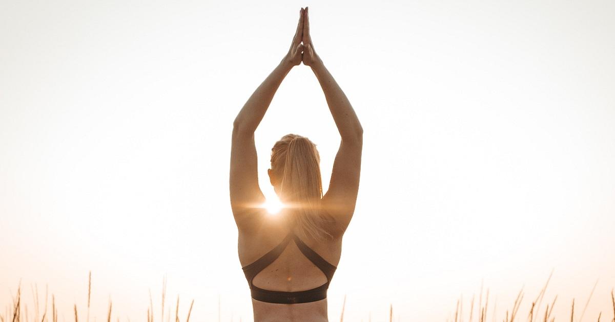 4 syytä joogata + loistava ilmainen joogakanava!