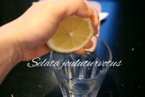 Read more about the article Turvottaako? Selätä turvotus sitruunalla!