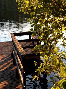 Mökillä rentoutumista ja muuta mukavaa kesäpuuhaa