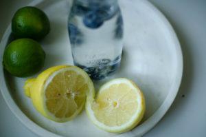 Juotko tarpeeksi vettä? + situuna-mustikkavesi -resepti