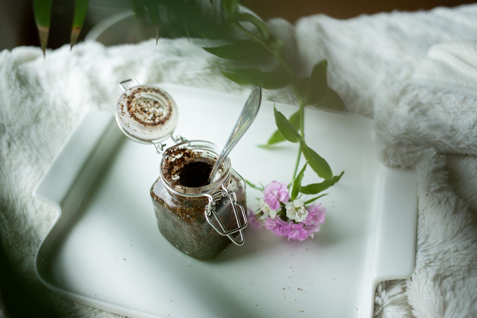 DIY-kosmetiikkaa: kahvikuorinta